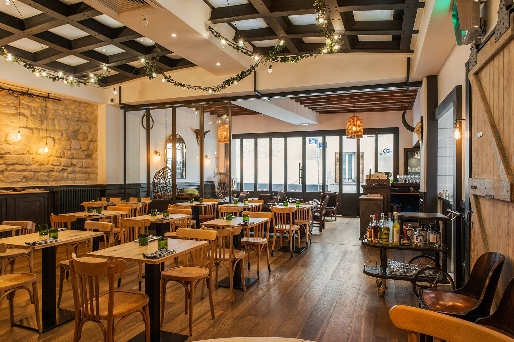 cabane-restaurant-nanterre-client-tiller