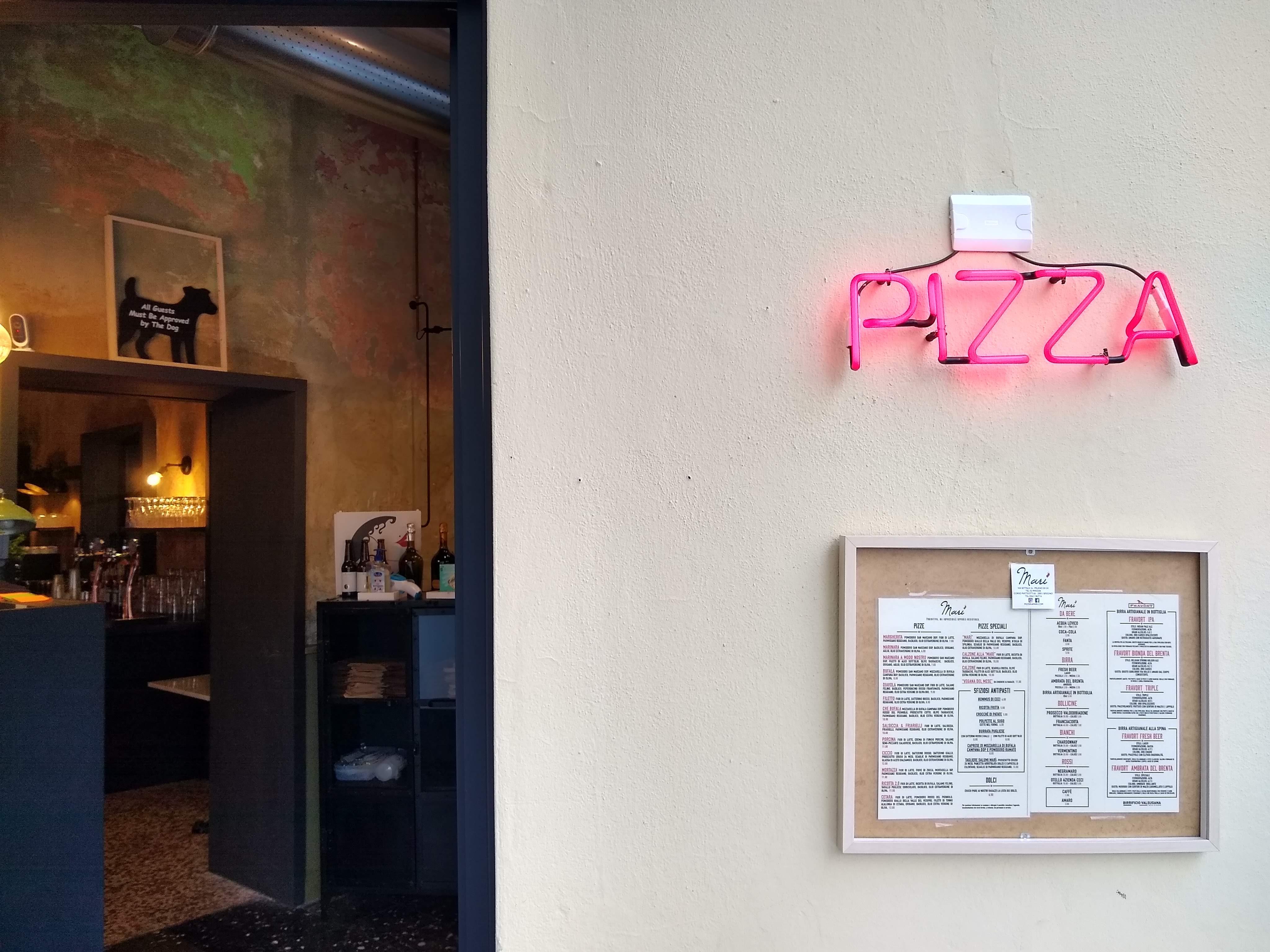 Entrata Pizzeria Marì